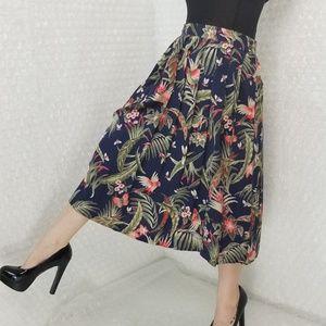 Segue Vintage 1980s bird pleated midi skirt